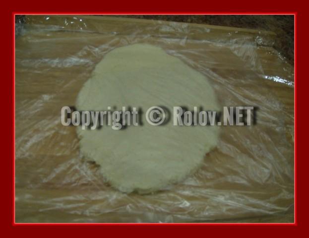 myagkoe-rassypchatoe-pechenie-v-shokolade-razlozhili-testo-na-plenku-623x480 (623x480, 49Kb)