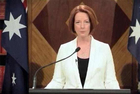 Австралийский премьер пообещала защитить от чудовищ и зомби. Фотографии