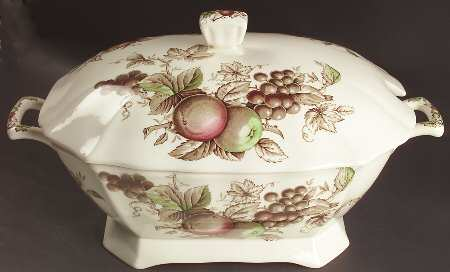 johnson_brothers_harvest_time_brown_multi_tureen_with_lid_P0000045662S0087T2 (450x272, 15Kb)