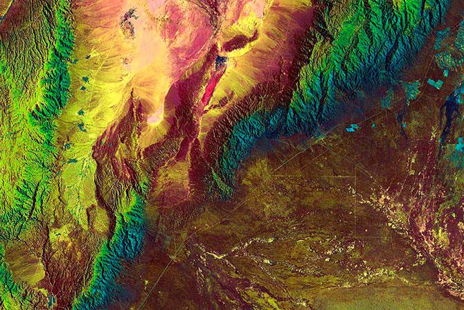 наса фотографии земли из космоса 7 (670x448, 168Kb)