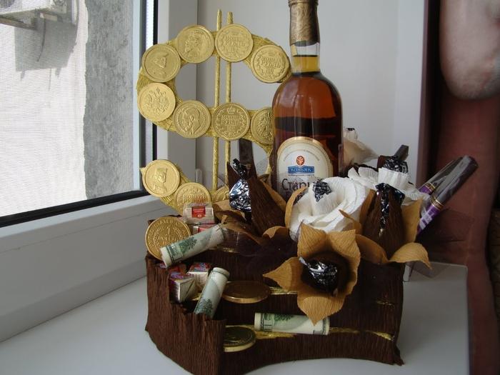 Букет из конфет для мужчины пошаговое фото 67