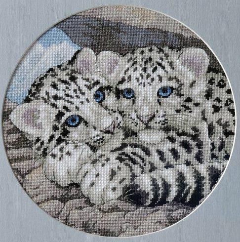 Stitchart-snow-leopard-cubs0