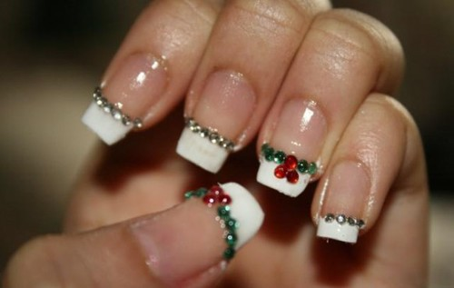 easy-and-best-christmas-nail-art-design-christmas-french-manicure-with-rhinestone-nail-stickers-yilbasina-ozel-tasli-tirnak-yapistirmalari-ile-suslu-french-manikurlu-tirnaklar_large (500x317, 26Kb)