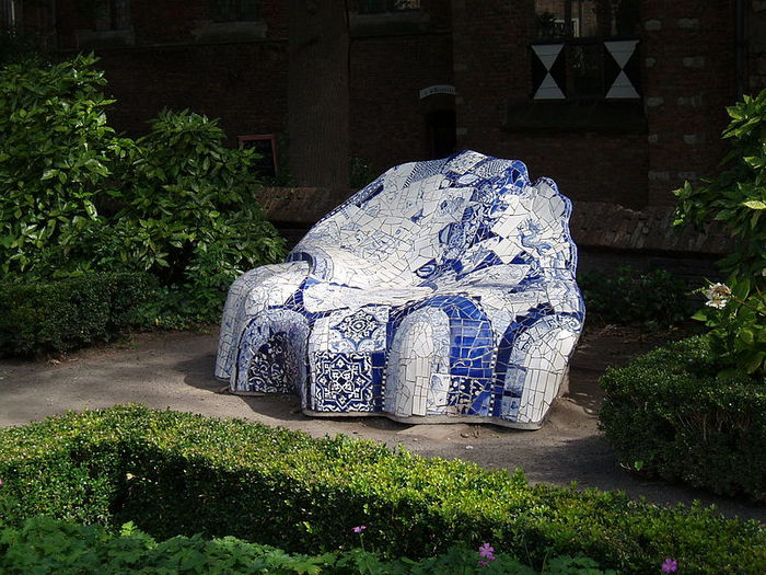 4000579_800pxBench_Delft__Prinsenhof__in_the_Netherlands (700x525, 113Kb)