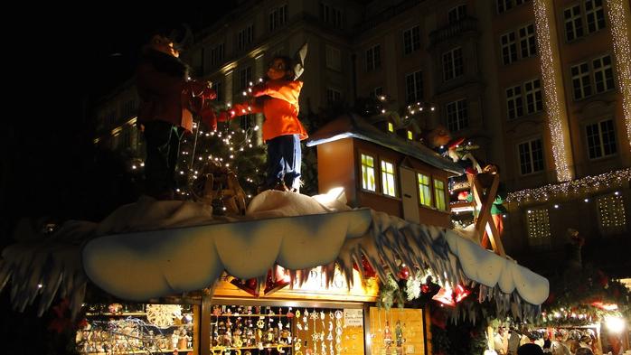 Больная рождественская ёлка Дрездена. 82336