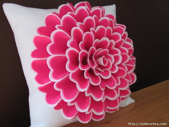 Цветы на подушки своими руками