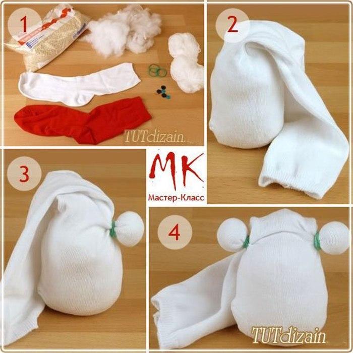 Как сделать снеговика из носков поэтапно