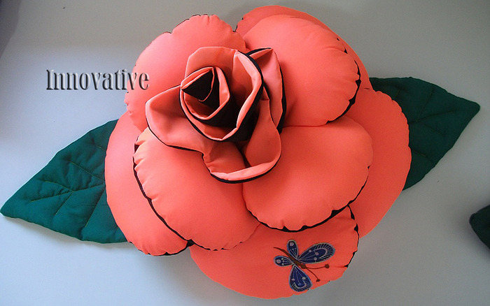 Своими руками подушки розы