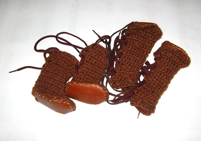 Вязанная обувь для собак
