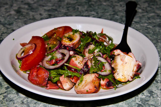 4121583_octopus_salad (648x432, 113Kb)