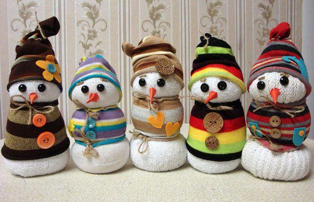 Как сделать снеговика своими руками фото из носка