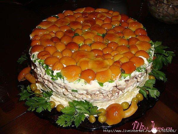 Салат с грибами рецепт классический пошаговый рецепт с