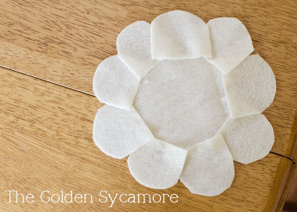 felt flower glued (600x429, 105Kb)