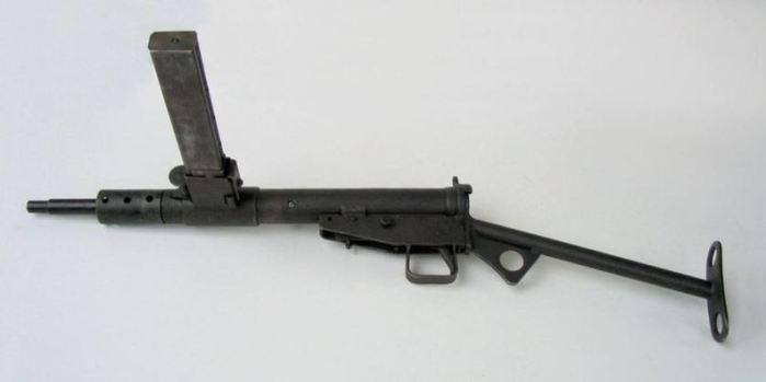 03 STEN Mk III (700x349, 12Kb)