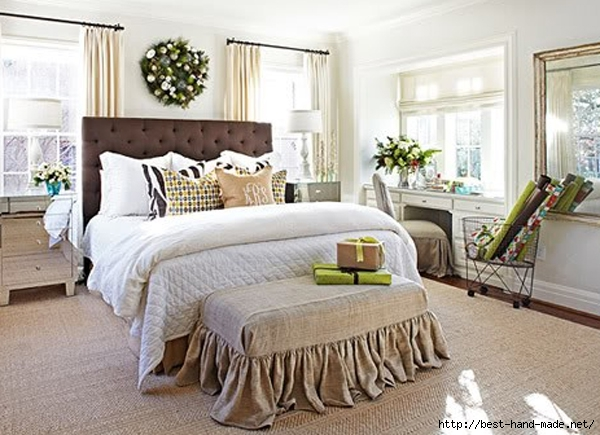 fresh-and-modern-christmas-master-bedroom-design (600x435, 198Kb)