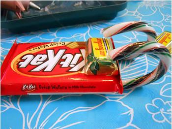Сани своими руками с конфетами