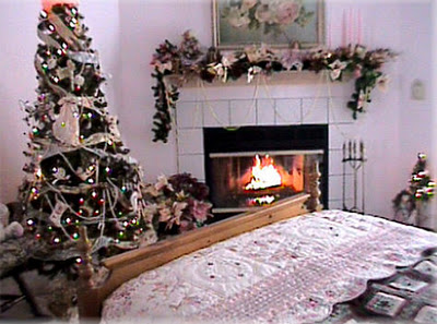 Romantic-Xmas-Themed-Bedroom-Desings-2394 (400x297, 45Kb)