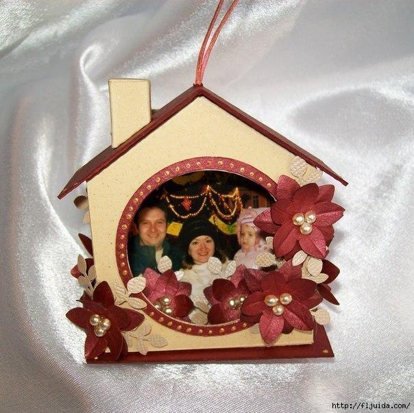 Новогодние игрушки своими руками домик фото