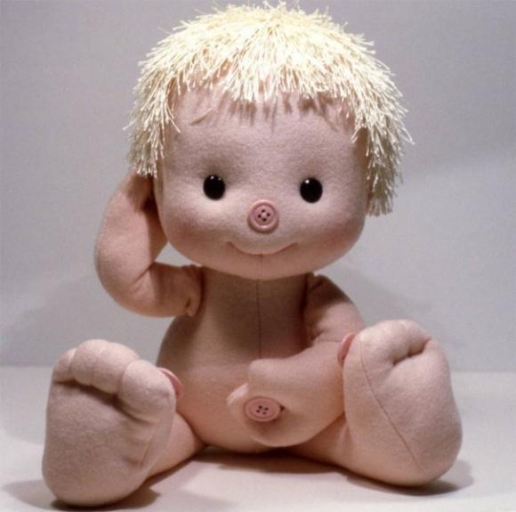 кукла - пуговичный тренажер/1356141984_2 (580x575, 32Kb)