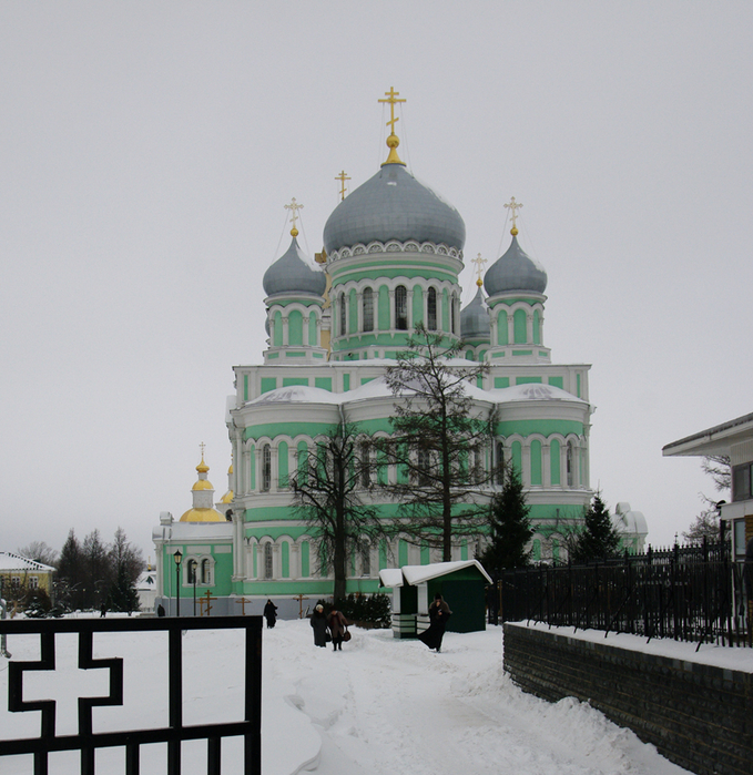 Троицкий собор 1 (679x700, 538Kb)
