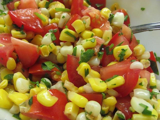 томатный салат с кукурузой (640x480, 135Kb)