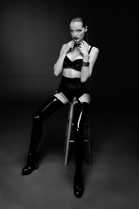 эротическая фотосессия Стефани Собер 2 (466x700, 141Kb)