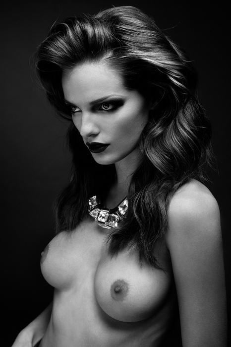эротическая фотосессия Стефани Собер 5 (466x700, 169Kb)