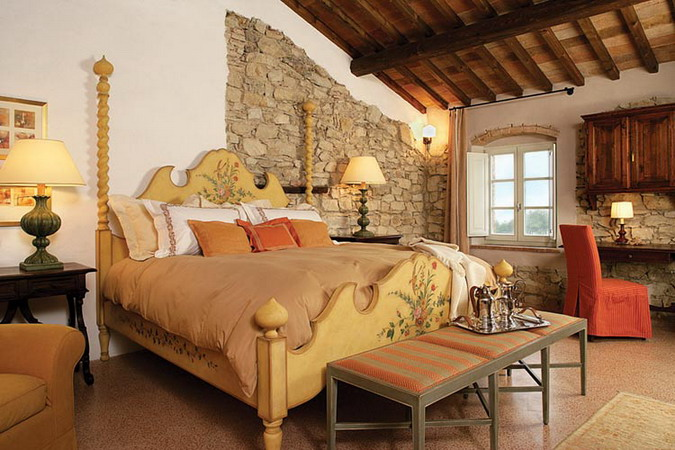 4497432_italiantraditionalbedroomsstyle15 (675x450, 104Kb)