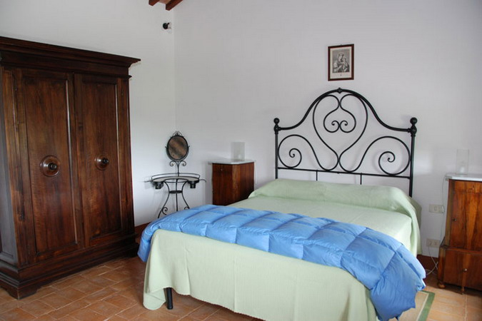 4497432_italiantraditionalbedroomsdetails18 (675x450, 65Kb)