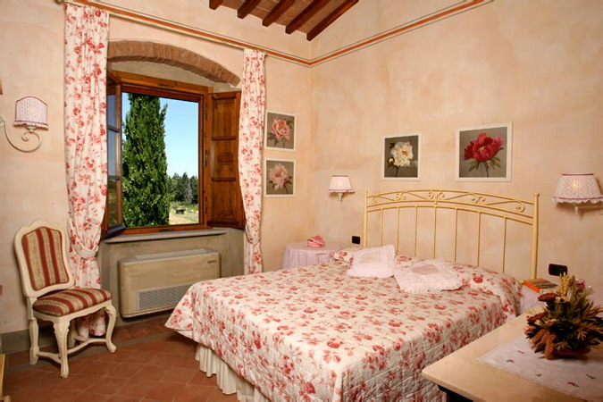 4497432_italiantraditionalbedroomscolor22 (675x450, 97Kb)