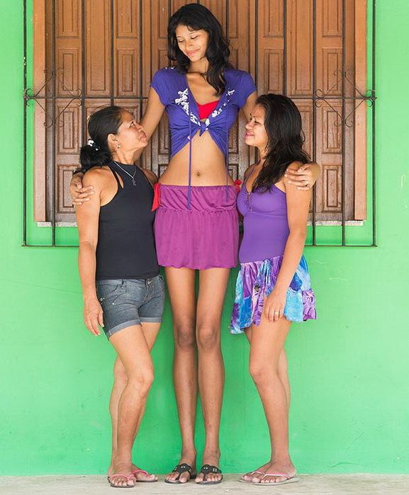 самая высокая девушка в мире 1 (577x700, 136Kb)