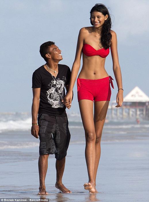 самая высокая девушка в мире 6 (518x700, 128Kb)