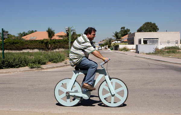 картонный велосипед Cardboard Alfa Bike (600x382, 342Kb)