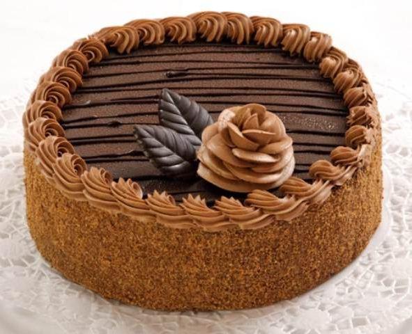 """1-1.5 ст. муки.  Очень нежный и вкусный торт  """"Прага """".  Существует огромное количество рецептов торта  """"Прага """"."""
