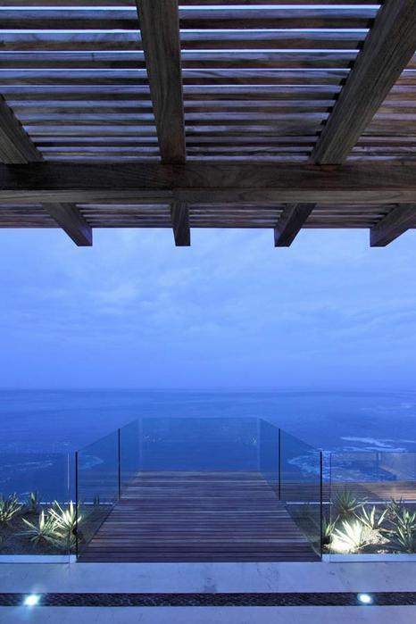 красивая вилла на побережье фото 2 (466x700, 194Kb)