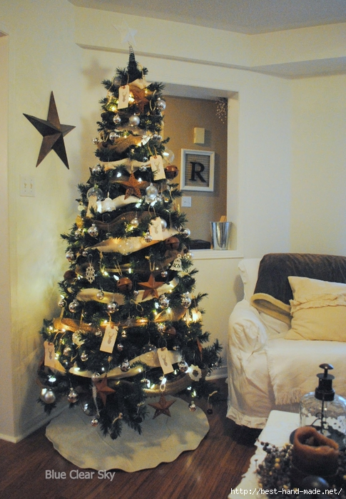 2012 12 Christmas living room tree b (485x700, 293Kb)