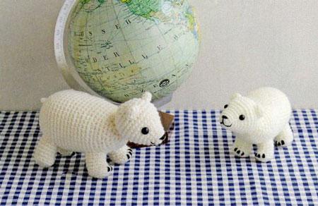 Белые медведи крючком.