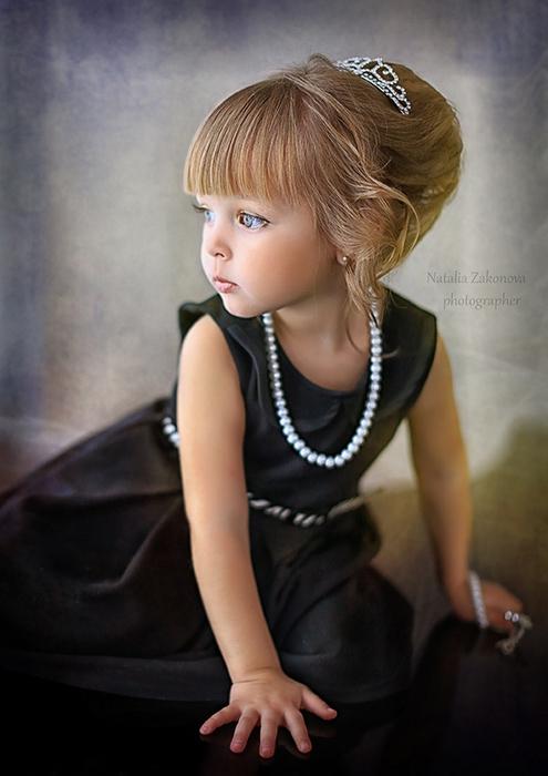 модные прически для маленьких леди