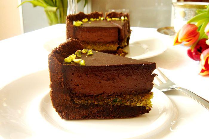 Шоколадно-фисташковый торт/3414243_38298real (700x467, 43Kb)