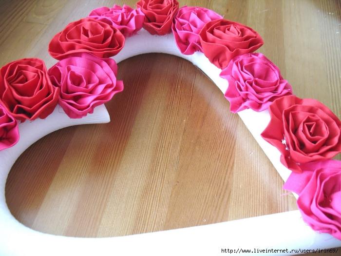 Валентинки своими руками - сердце из роз