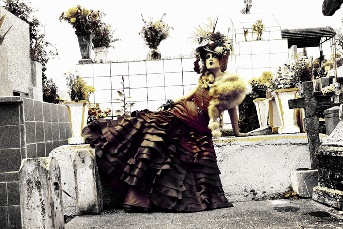 модные фото ведьмы Daniel Bracci 2 (680x454, 319Kb)