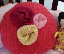 Подушки из свитеров (24) (220x186, 14Kb)