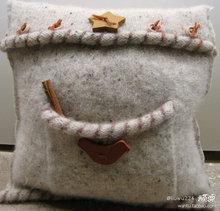 Подушки из свитеров (26) (220x211, 13Kb)