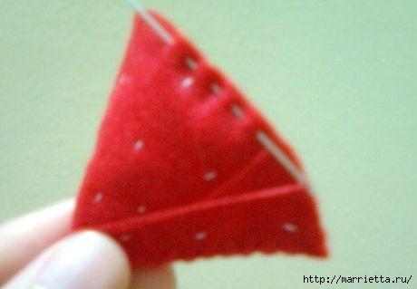 como-fazer-morangos-de-feltro-2 (460x319, 42Kb)