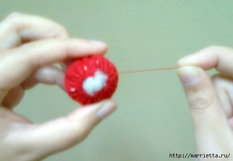 como-fazer-morangos-de-feltro-4 (460x319, 43Kb)