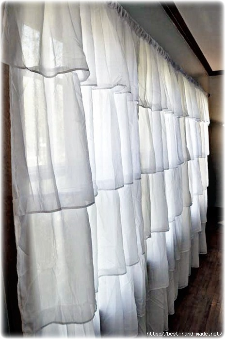 Ruffle-curtains-in-living-room (464x700, 148Kb)