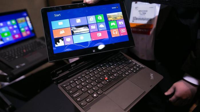 Компания Lenovo готовит к выходу революционный гаджет ThinkPad Helix.