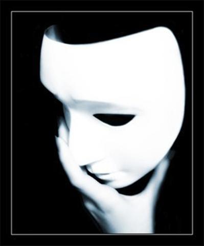 Люди в масках с заложниками