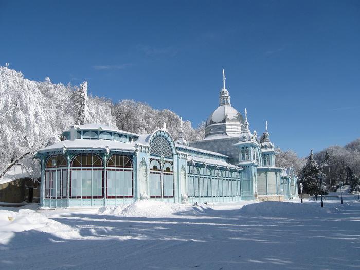 Пушкинская галерея зимой в Железноводске/1357654417_IMG_0962 (700x525, 156Kb)