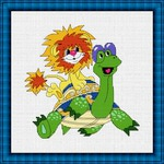 Любимые персонажи детского мультика - Львенок и Черепаха, могут быть вышиты для украшения детской комнаты.